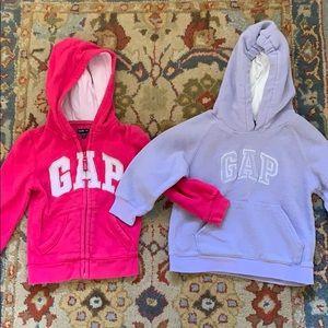 Two GAP hooded sweatshirts size 4T